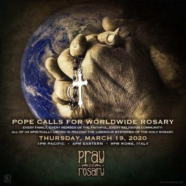 Pope Francis: Please Pray the Rosary Today at 4:00pm